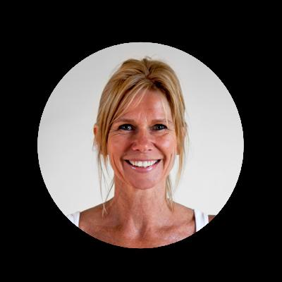 Karin Lourdon - Little Yoga Oelegem
